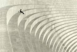 Hiromu Kira. The Thinker 1930. Teatro de lo sublime